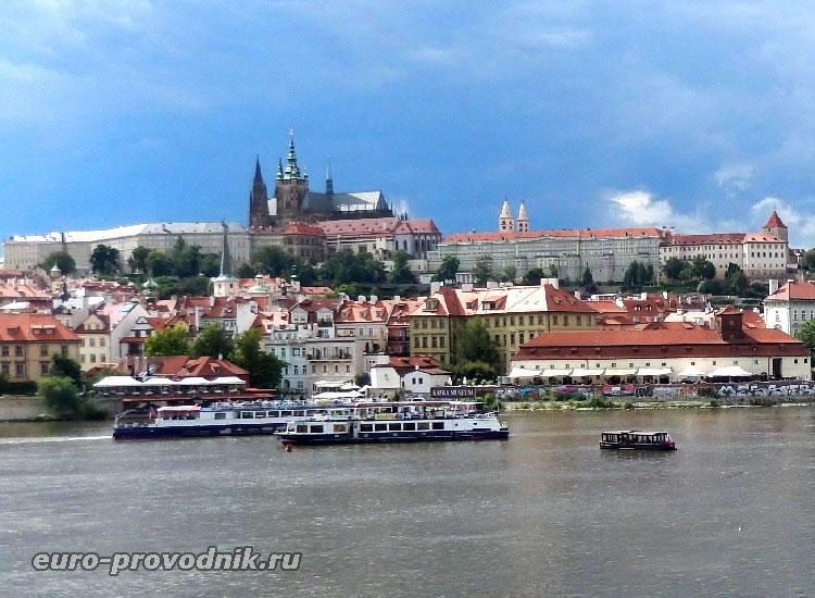 Пражский Град - главная достопримечательность Праги