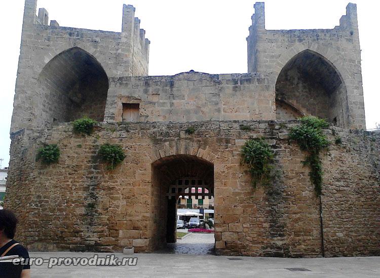 Ворота в город