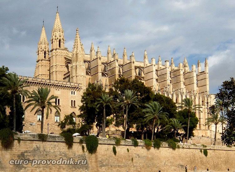 Пальма де Майорка: Кафедральный собор