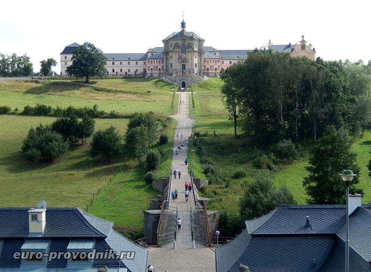 Замок Кукс в Чехии
