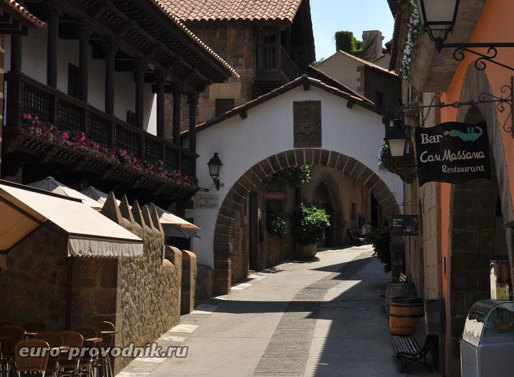 Улицы Испанской деревни