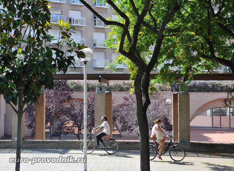 В кварталах El Poblenow
