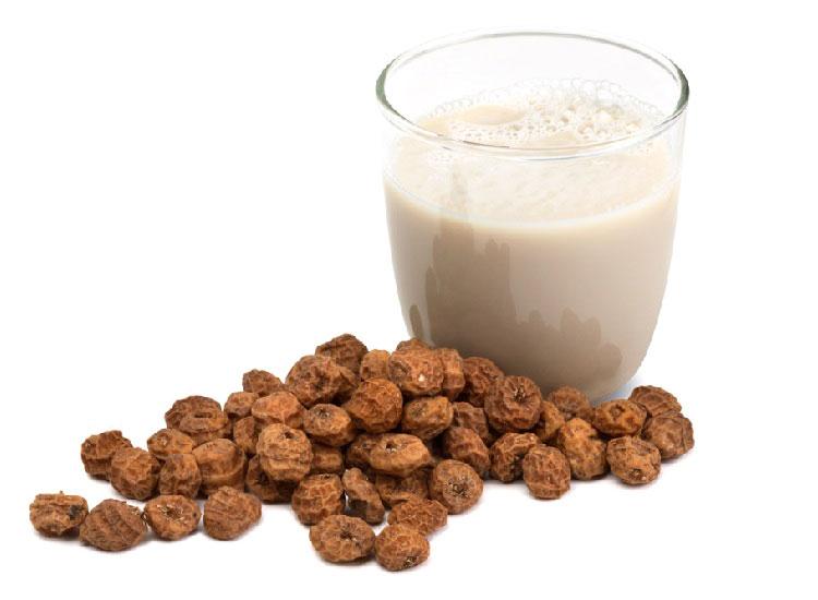 Напиток Horchata и орехи чуфа