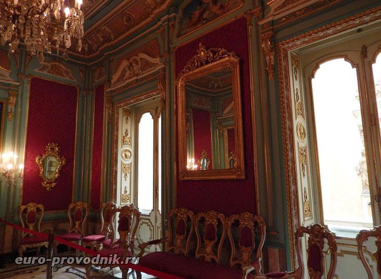 Салон в стиле королевы Анны