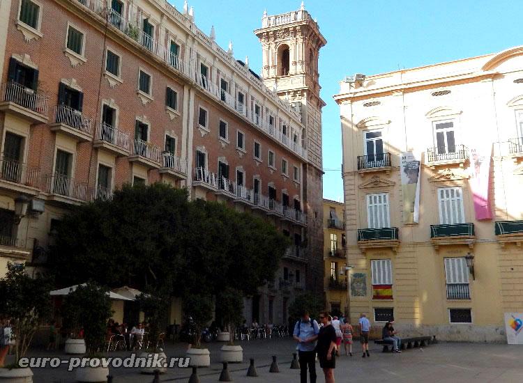 Кафе в историческом центре Валенсии