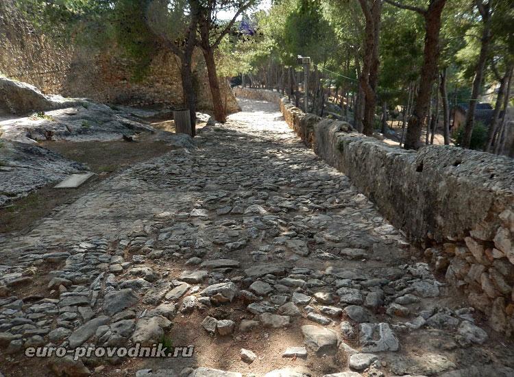 Средневековые крепостные дороги