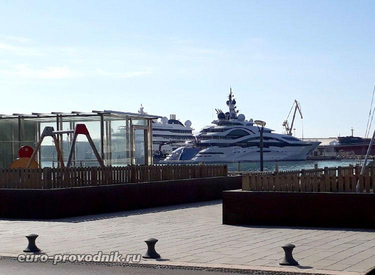 Яхты в порту Таррагоны