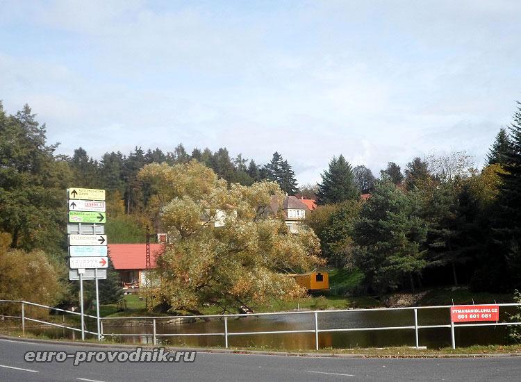 Дорога в Велкопоповице в Чехии