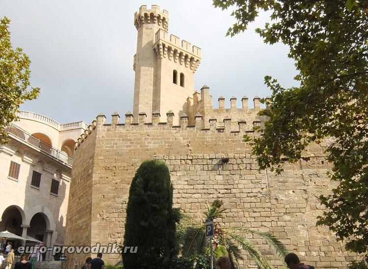 Крепость Альмудайна