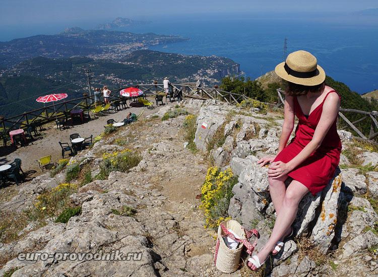 Виды с горы Монте Файто