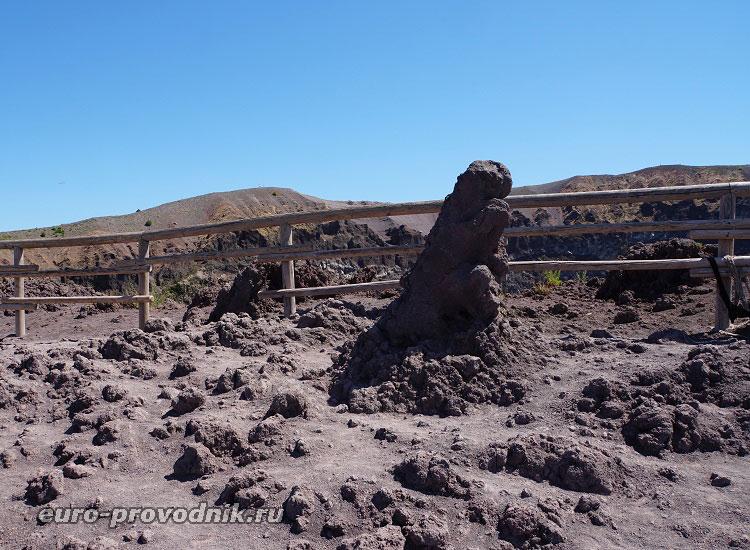 Окаменевшая лава