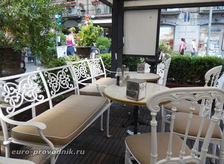 Летняя веранда кафе Гамбринус