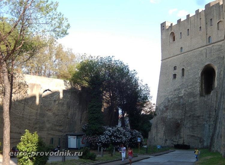 Территория крепости