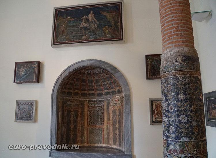 Античные декорации