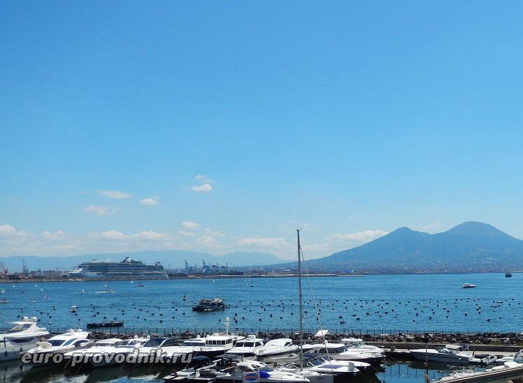 Порт Beverello