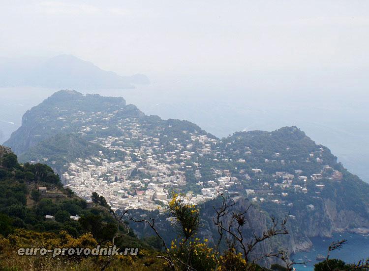 Вид на Капри