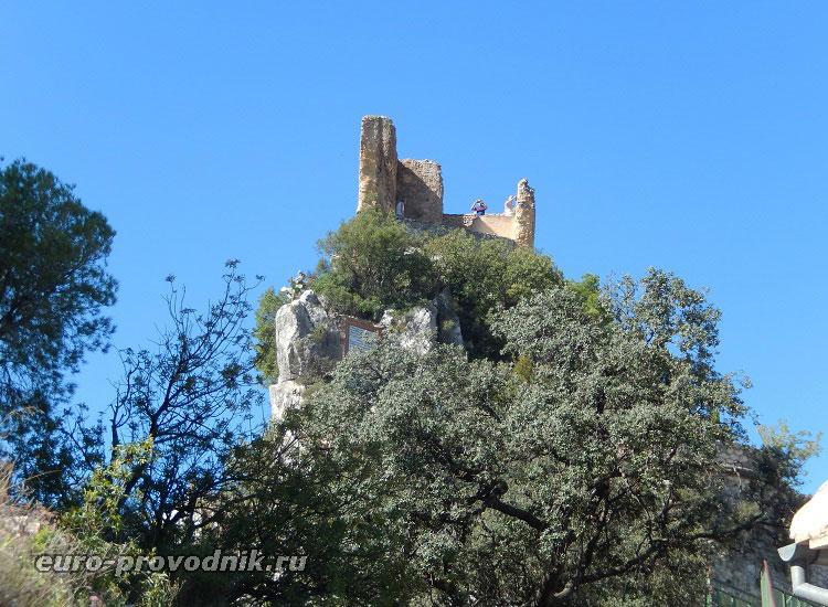 Руины башни Alcazaiba