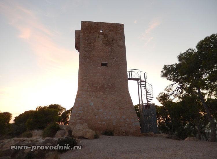 Сторожевая башня на горе