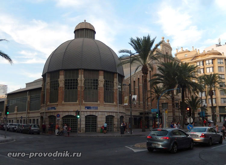 Эклектика в архитектуре рынка Аликанте