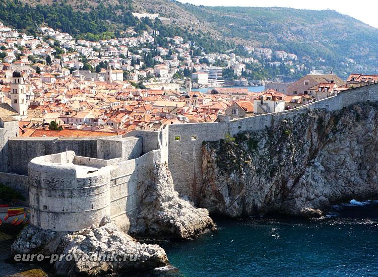 Вид на исторический Дубровник